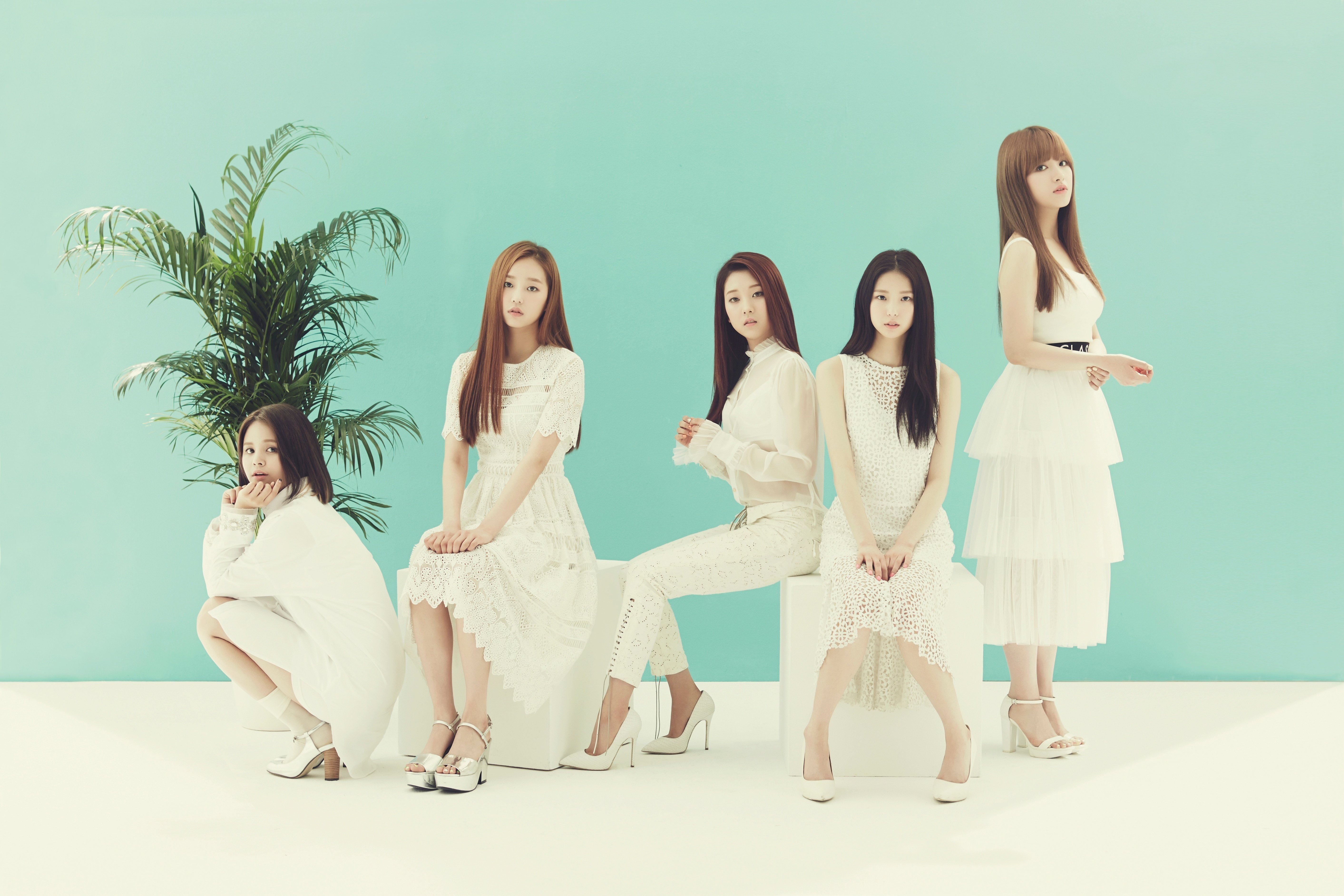 """Clc Profile ̔¨ì—˜ì""""¨ K Pop Database Dbkpop Com They debuted on march 19, 2015 with their ep first love and the title track pepe. k pop database"""