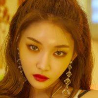 Kim Chungha Profile