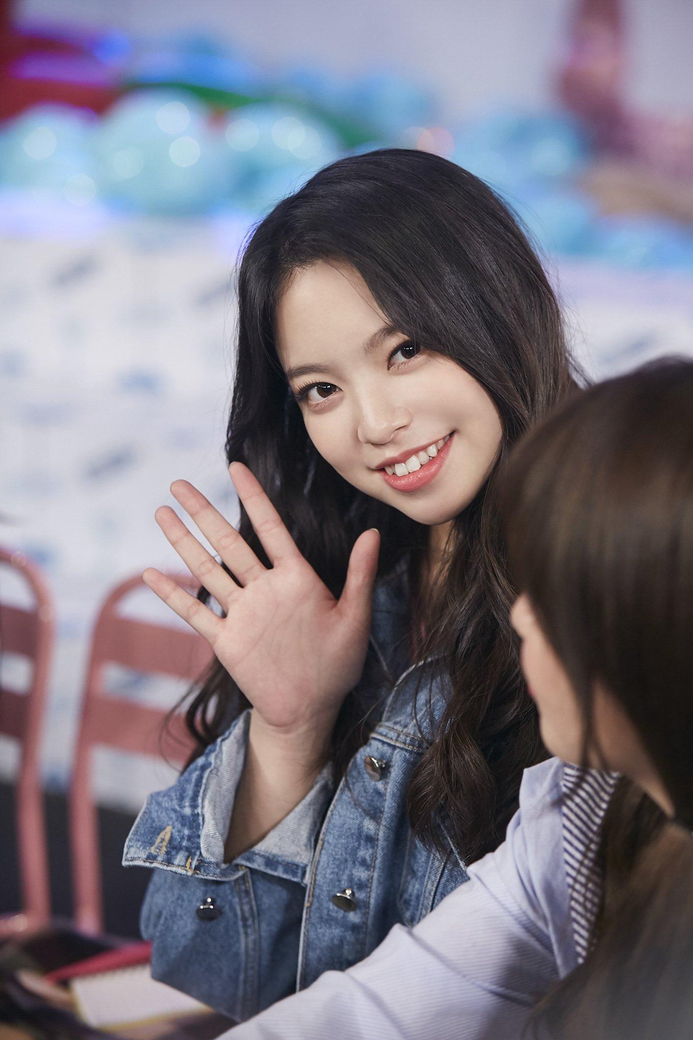 Lin Lin Cherry Bullet Profile K Pop Database Dbkpop Com