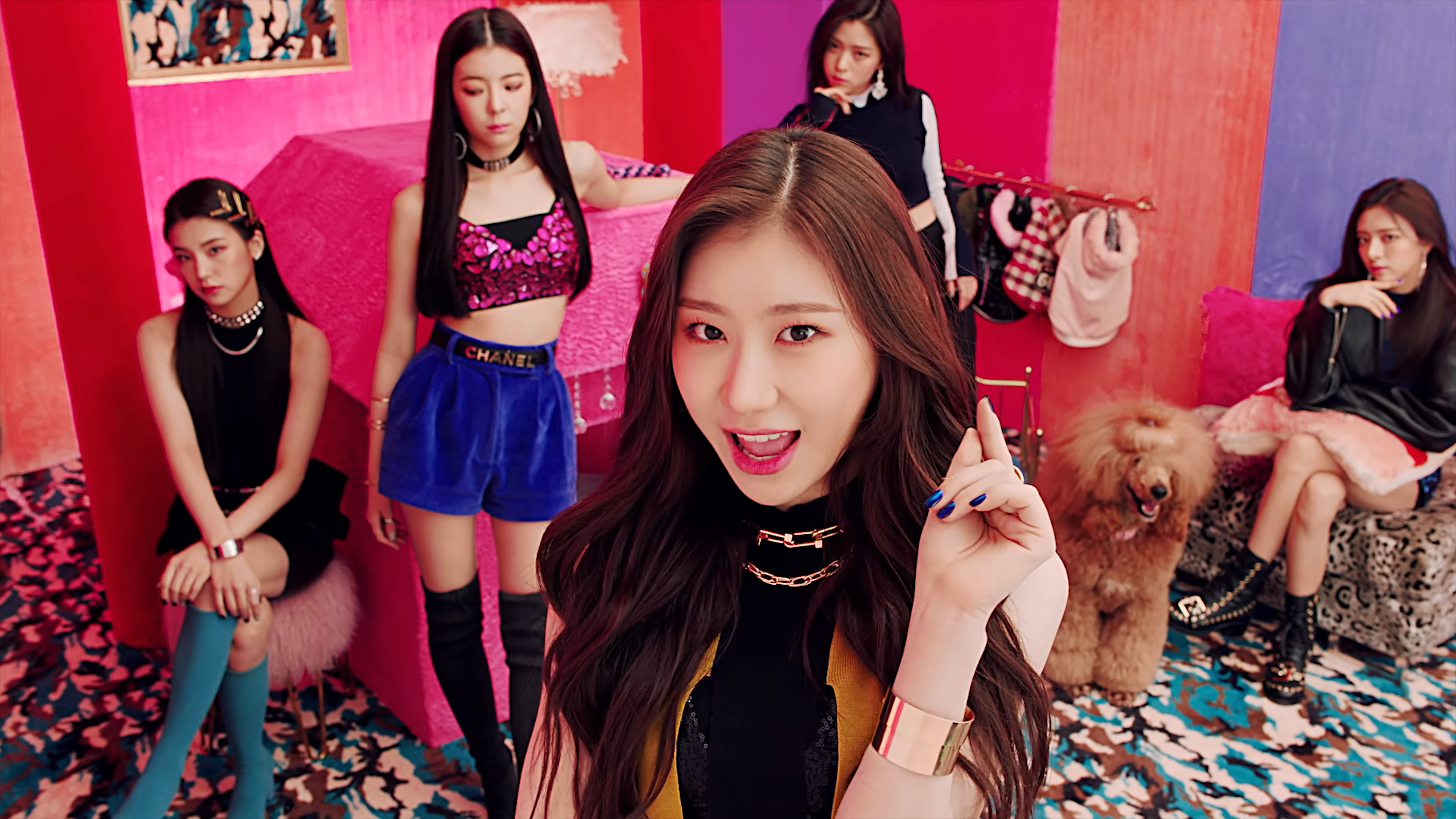Guess the kpop mv (girl groups) Quiz - By sparklingpeaches
