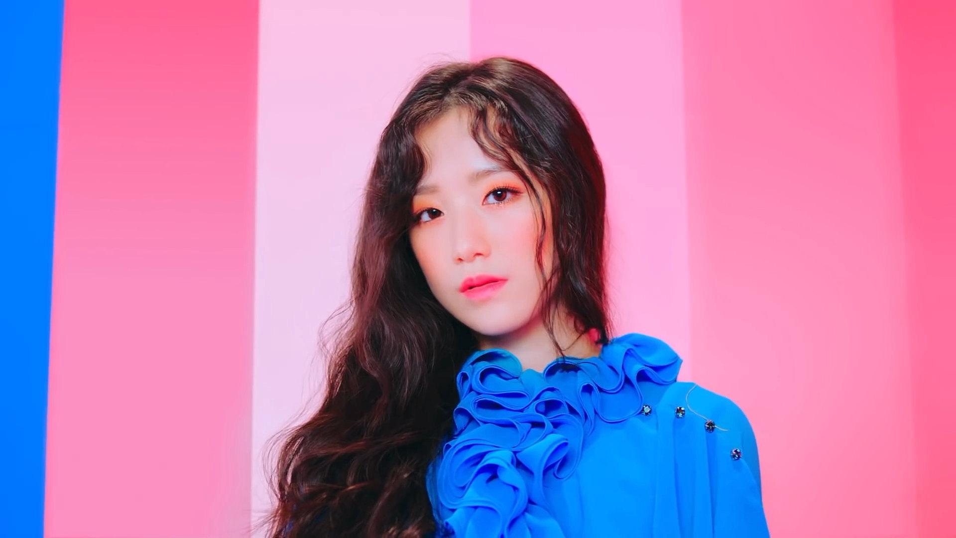 shuhua from reddit in 2019 korean girl band korean girl groups