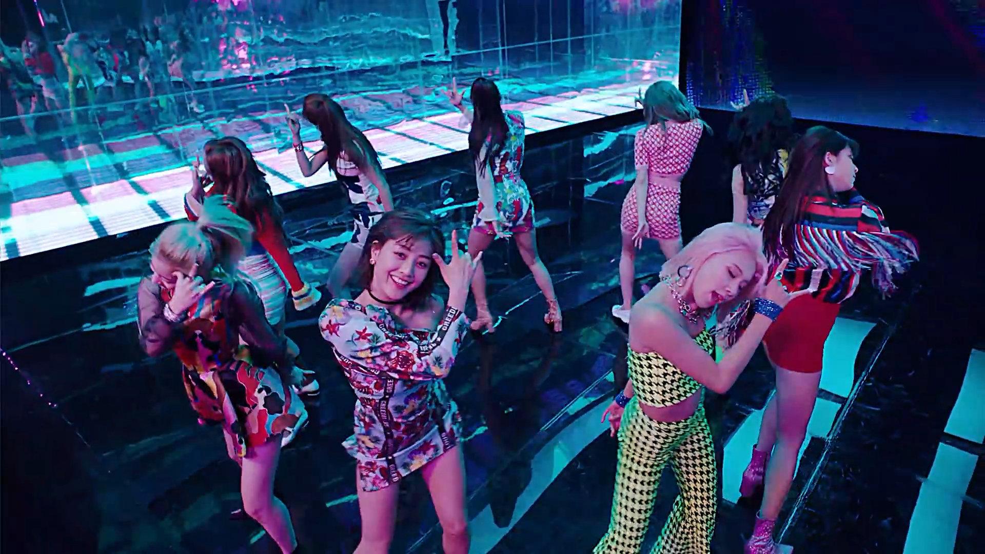 Twice Fancy MV