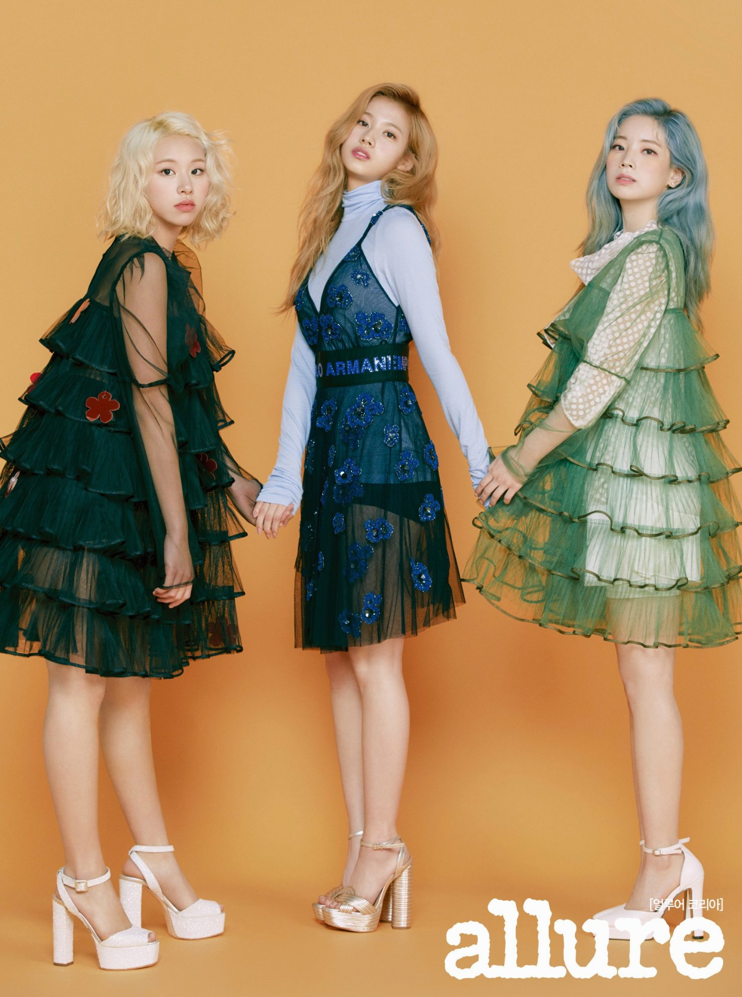 Twice Chaeyoung Sana Dahyun Allure 2019