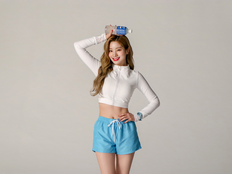 10 Female Kpop Idols Born In May - K-Pop Database / dbkpop com