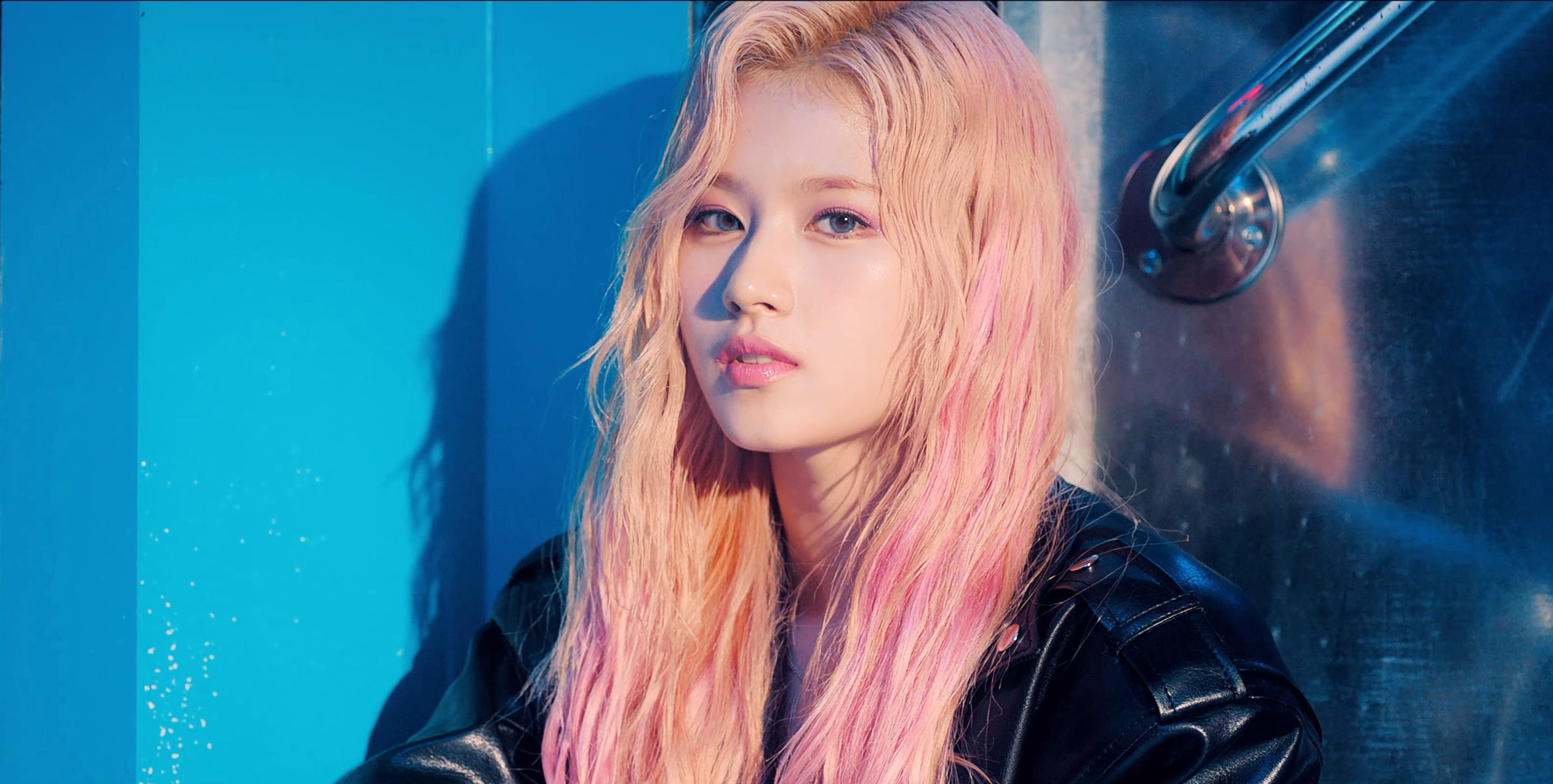 Twice Feel Special Sana MV Teaser Screencaps (HD/HR)