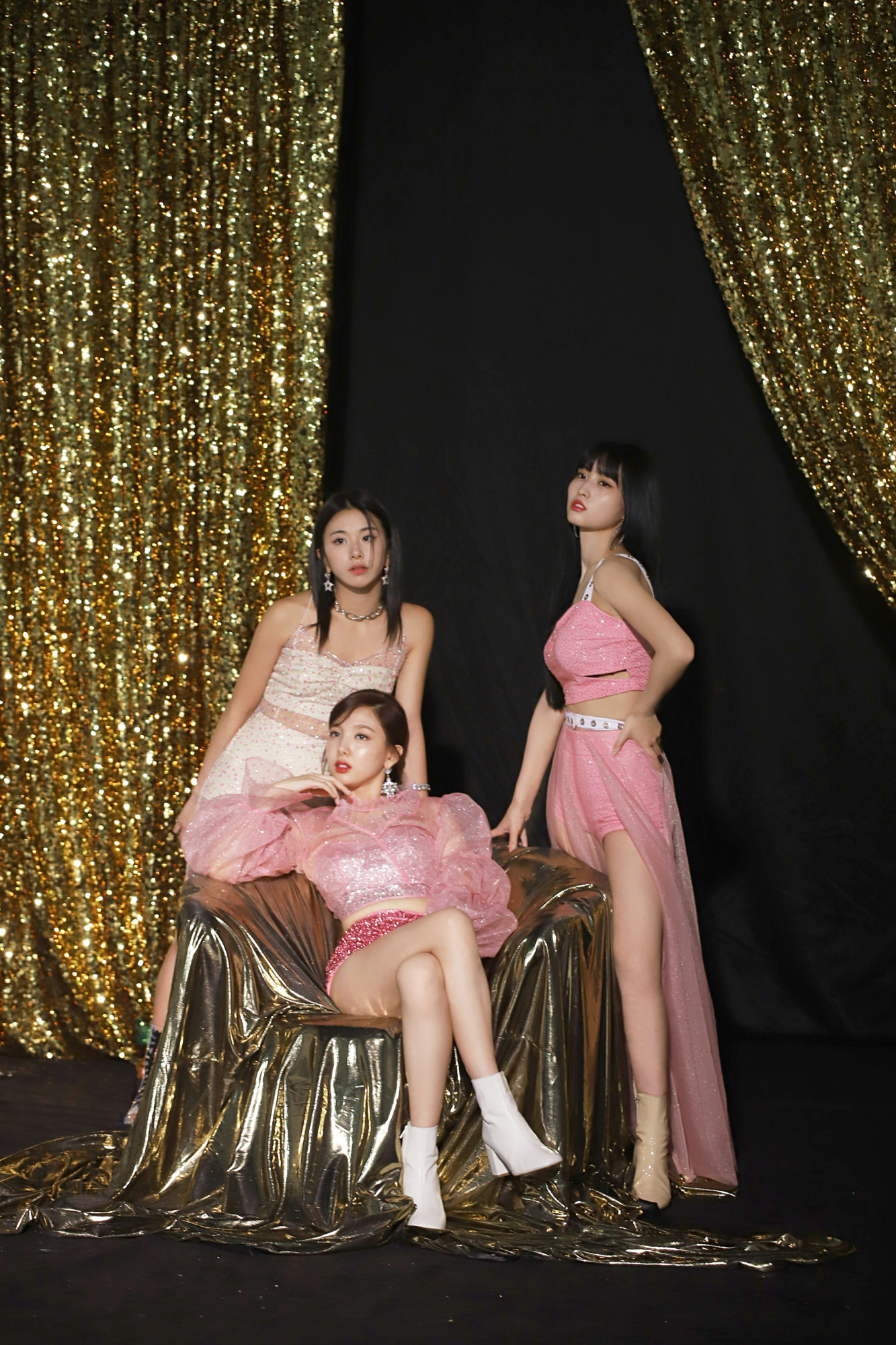 Twice Feel Special Naver Backstage Momo Chaeyoung Nayeon