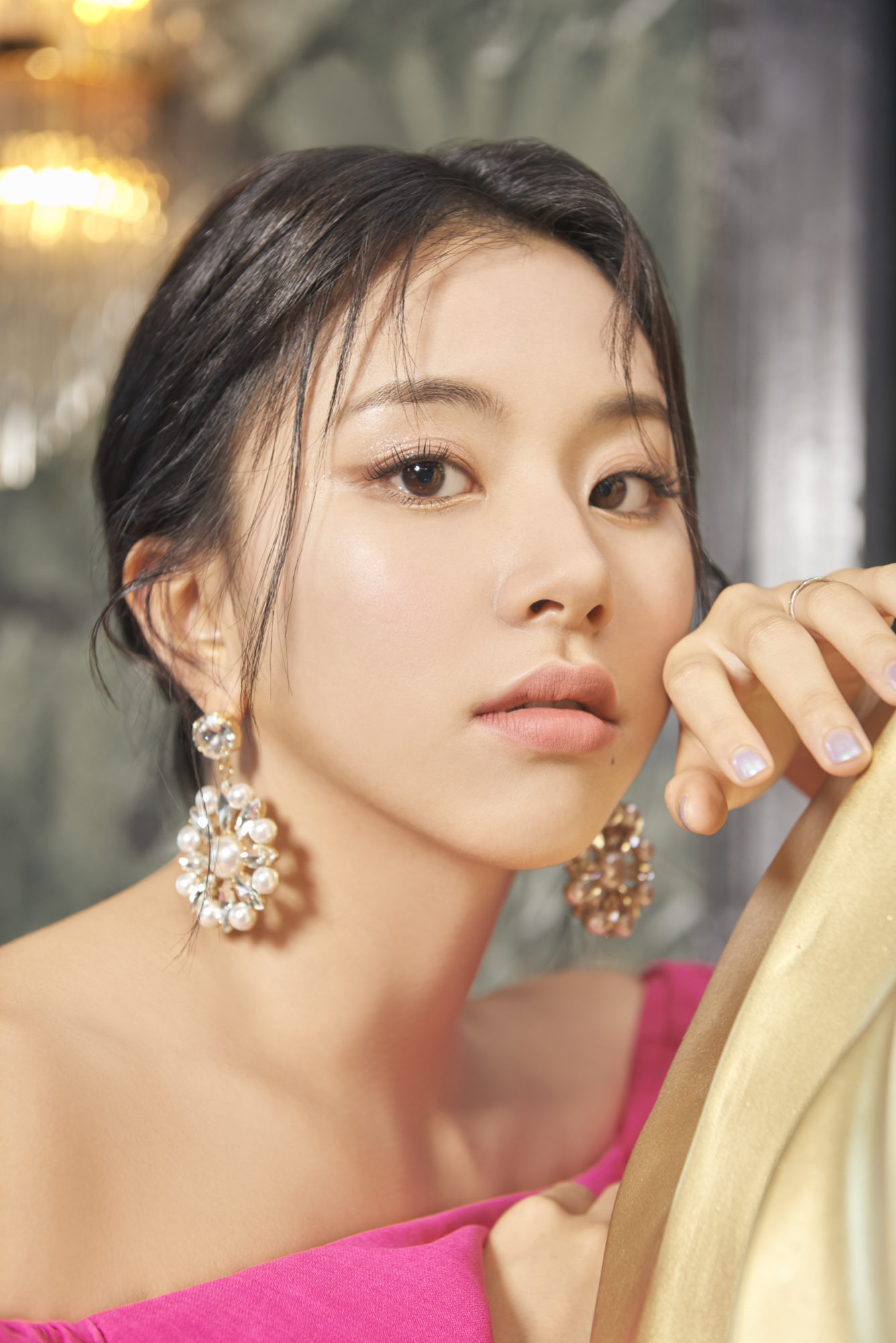 Twice Chaeyoung Feel Special Concept Gold Elegant