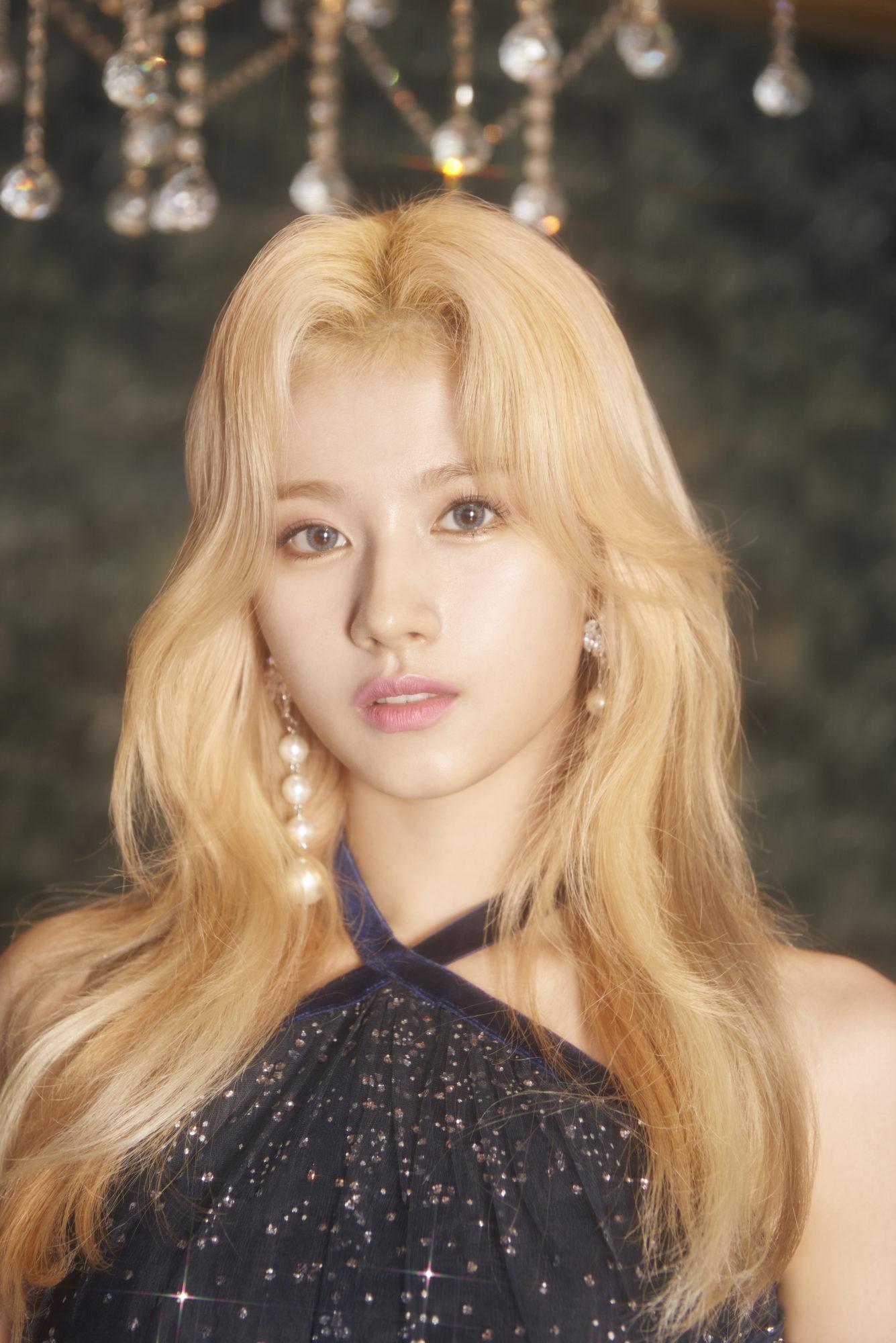 Twice Sana Feel Special Concept Gold Elegant