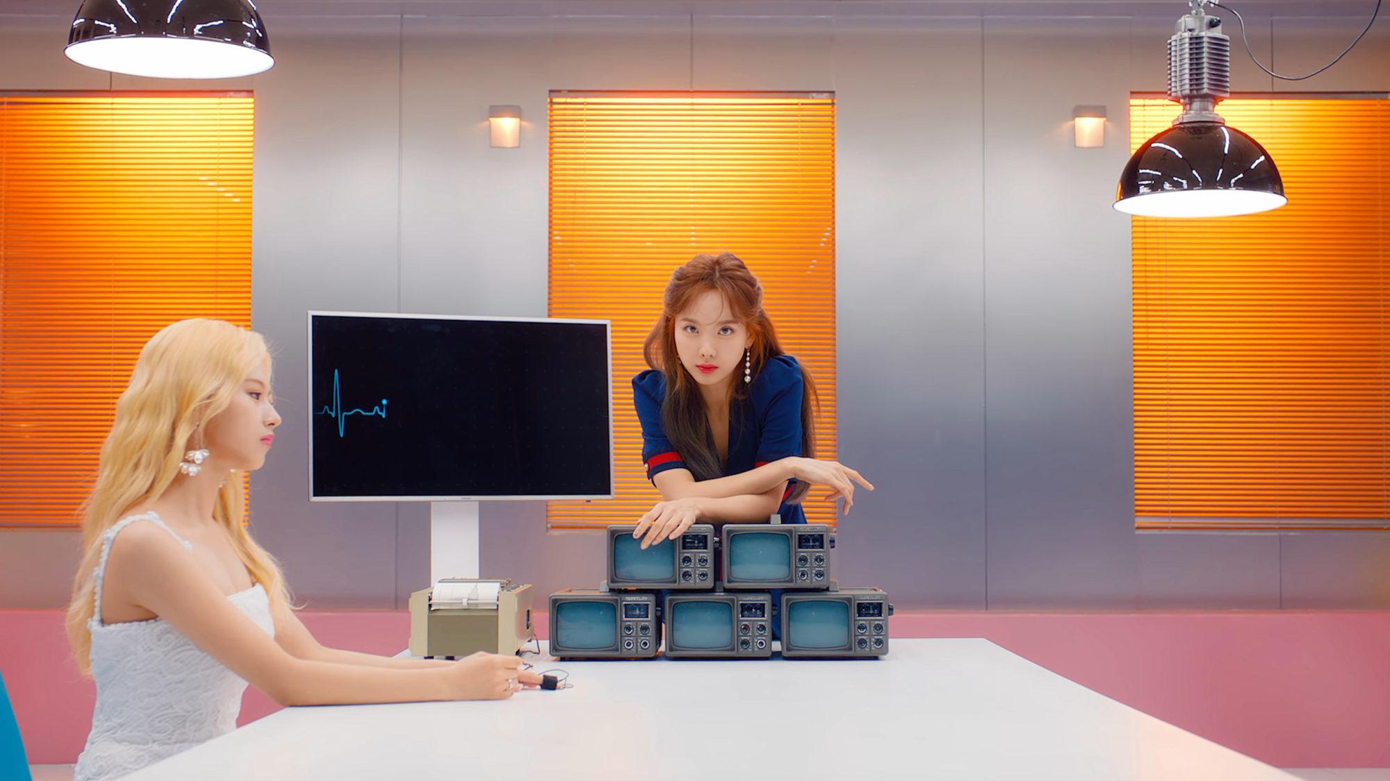 Nayeon Twice Fake & True