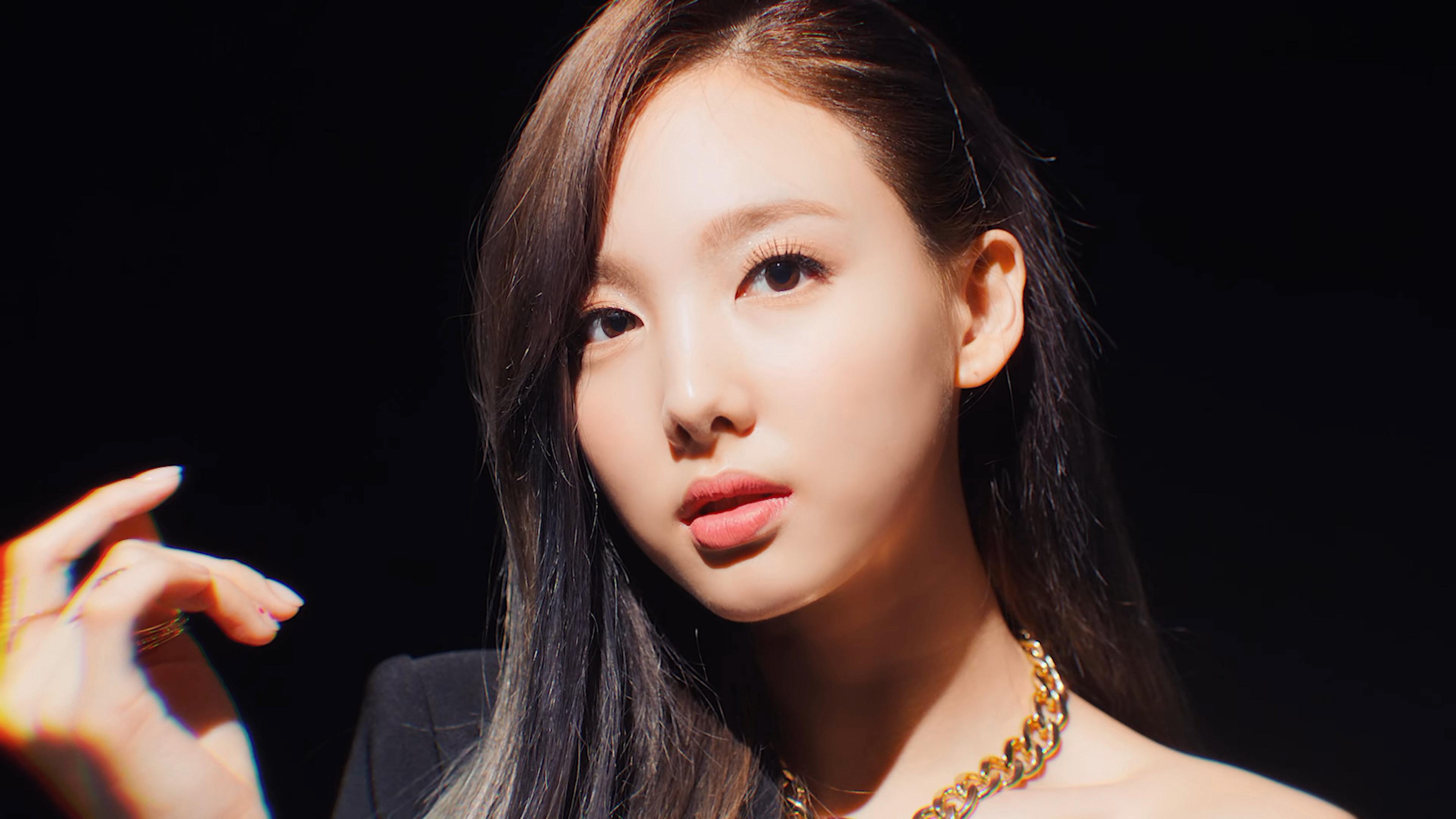 Twice Fake True Who S Who K Pop Database Dbkpop Com