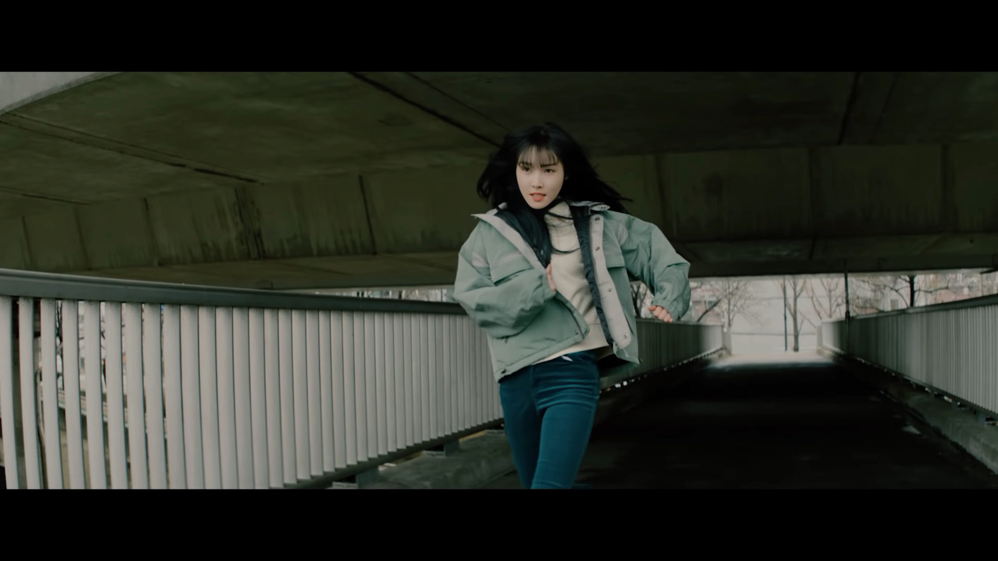Yuju Crossroads
