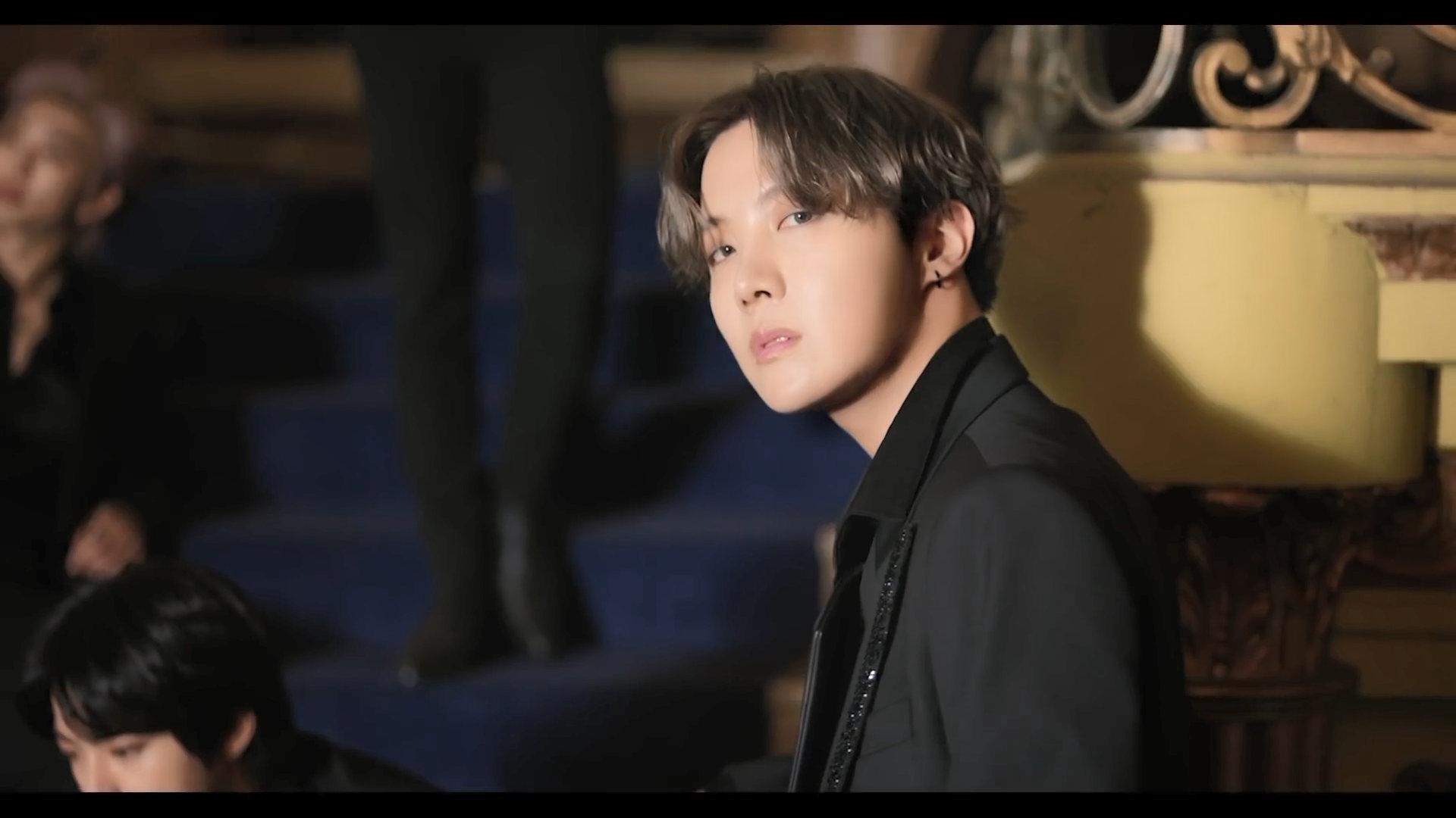BTS Black Swan J Hope 1