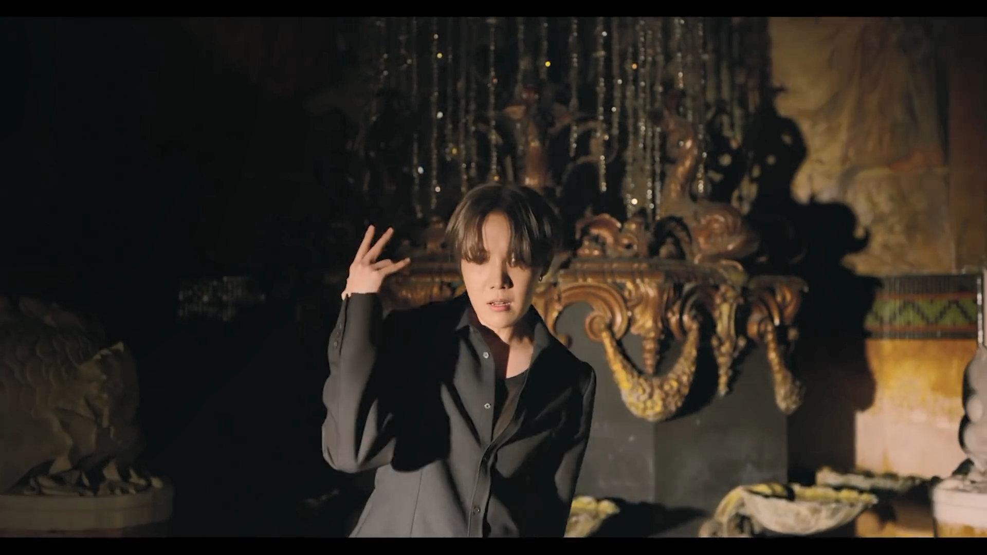 BTS Black Swan J Hope 3