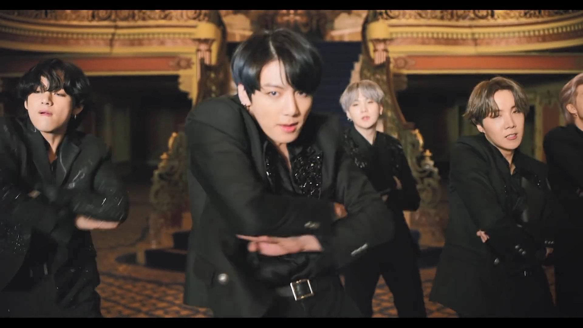 BTS Black Swan Jungkook 4