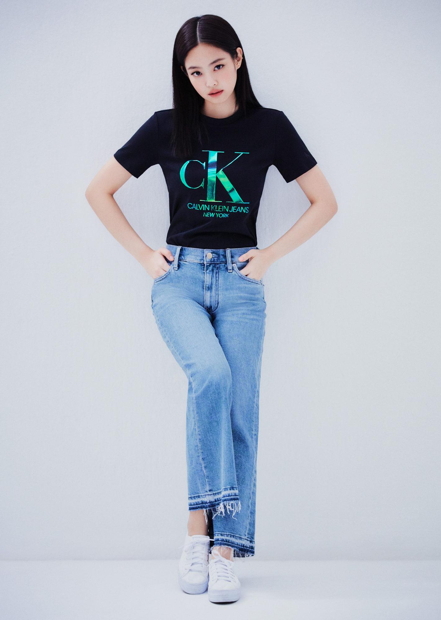 Jennie Calvin Klein Jeans 2020