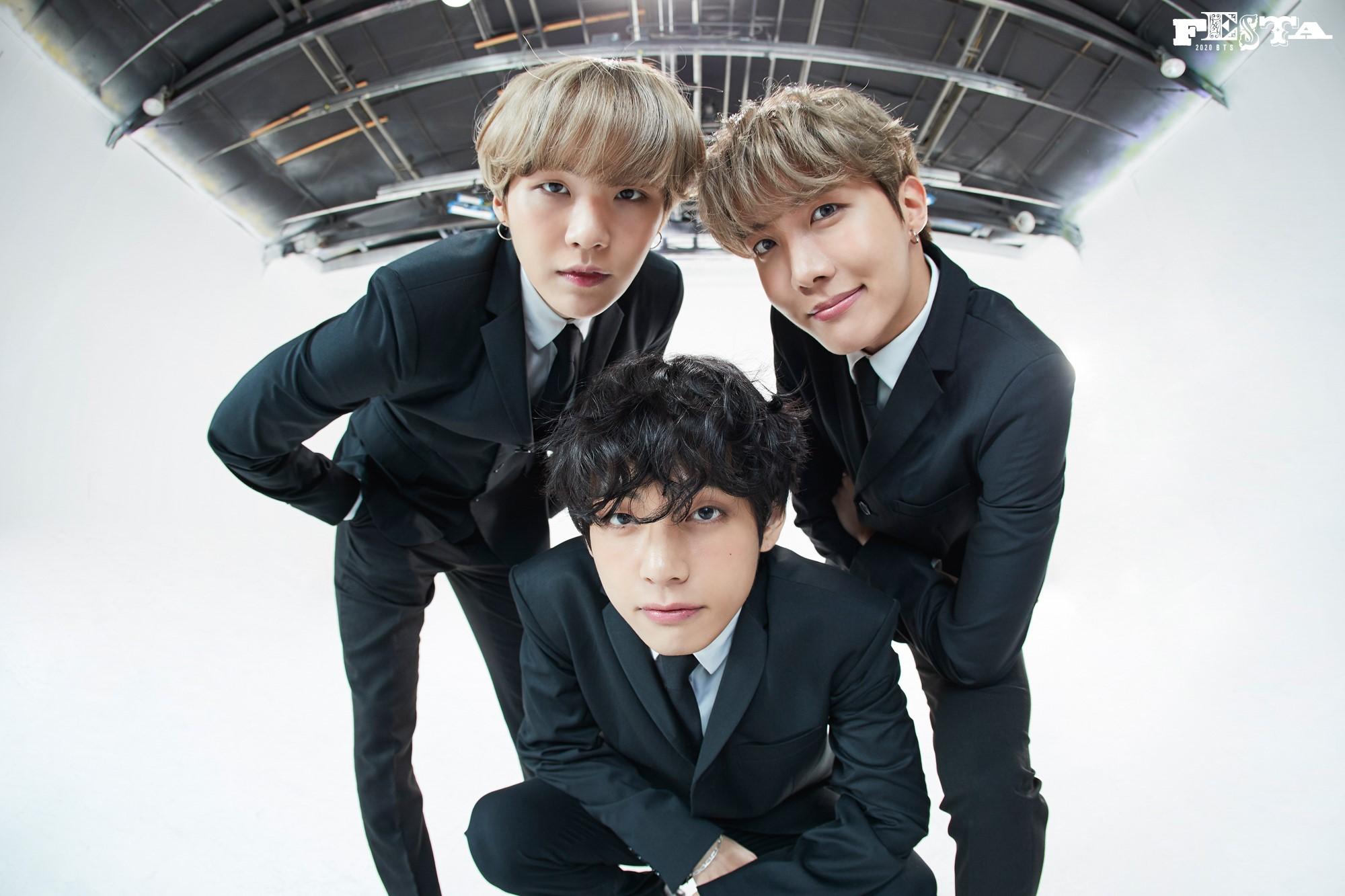 BTS Festa 2020 7th Anniversary Family Portrait 31