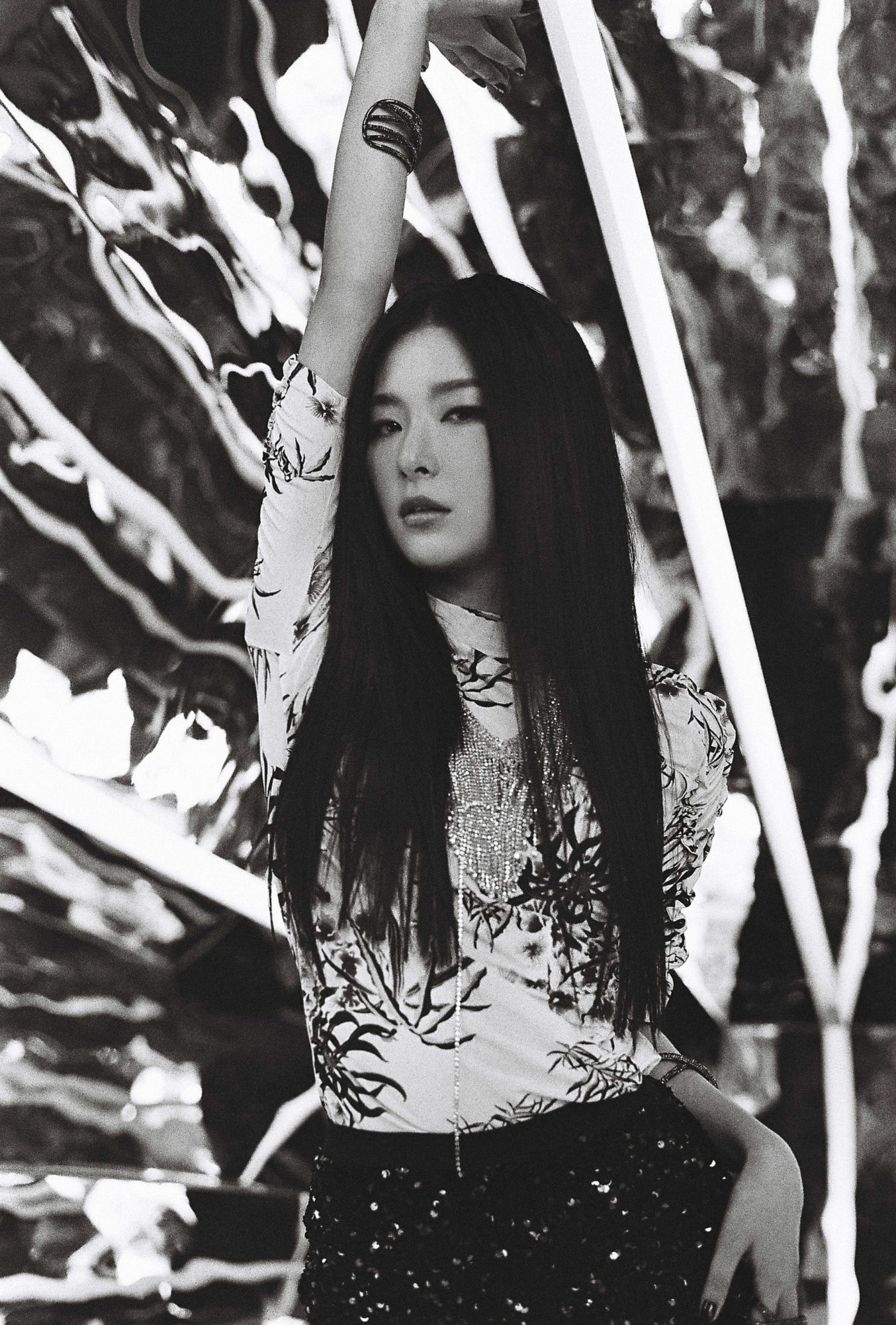 Seulgi - Red Velvet Irene Seulgi Monster Teaser 6 Group