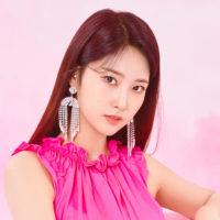 EVERGLOW Sihyeon 77.82X 78.29 LA DI DA Concept
