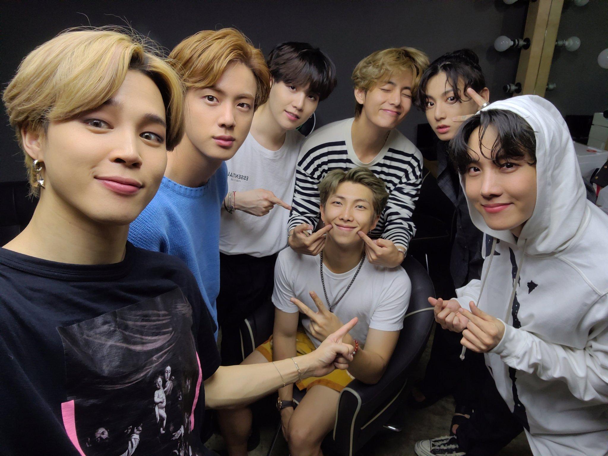 November 2020 K-Pop Comebacks and Debuts