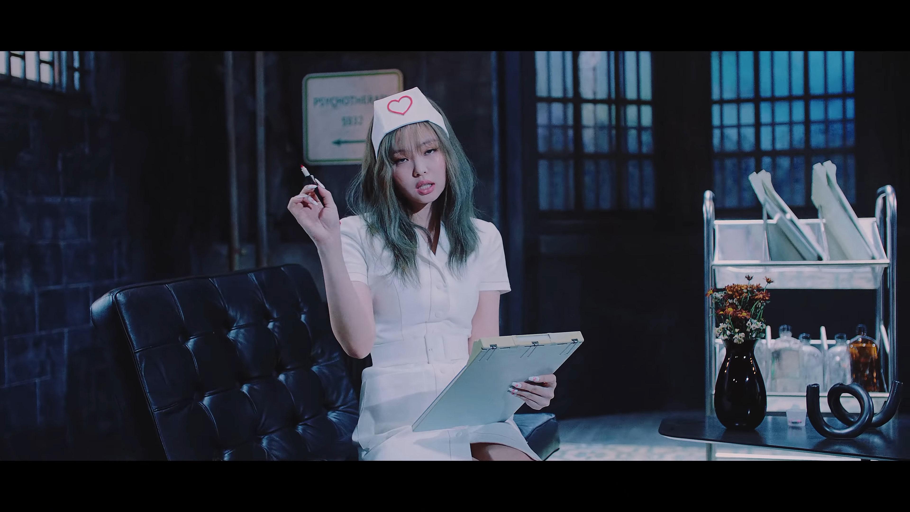 BLACKPINK Lovesick Girls Jennie 4