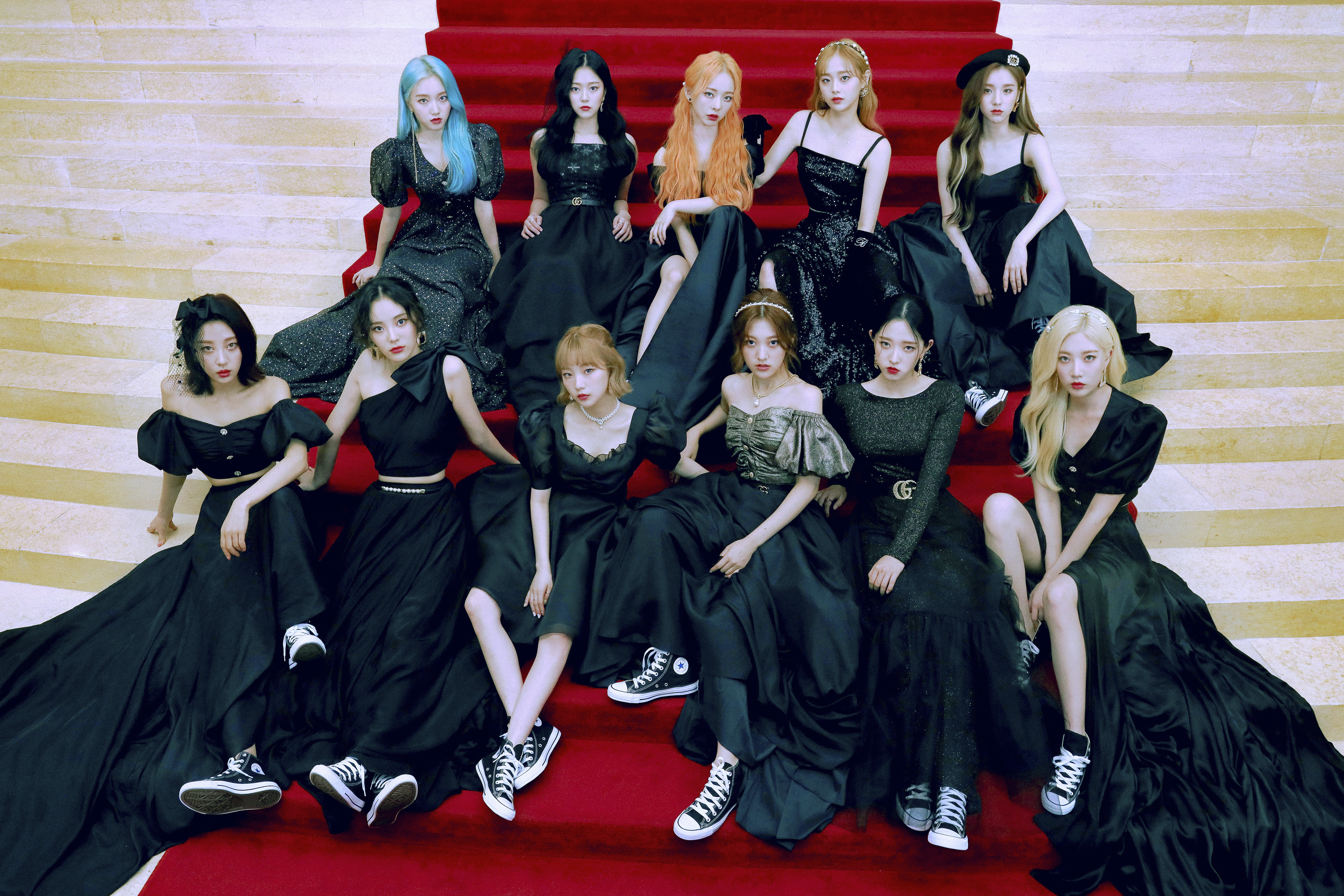 LOONA 12:00 Concept Group