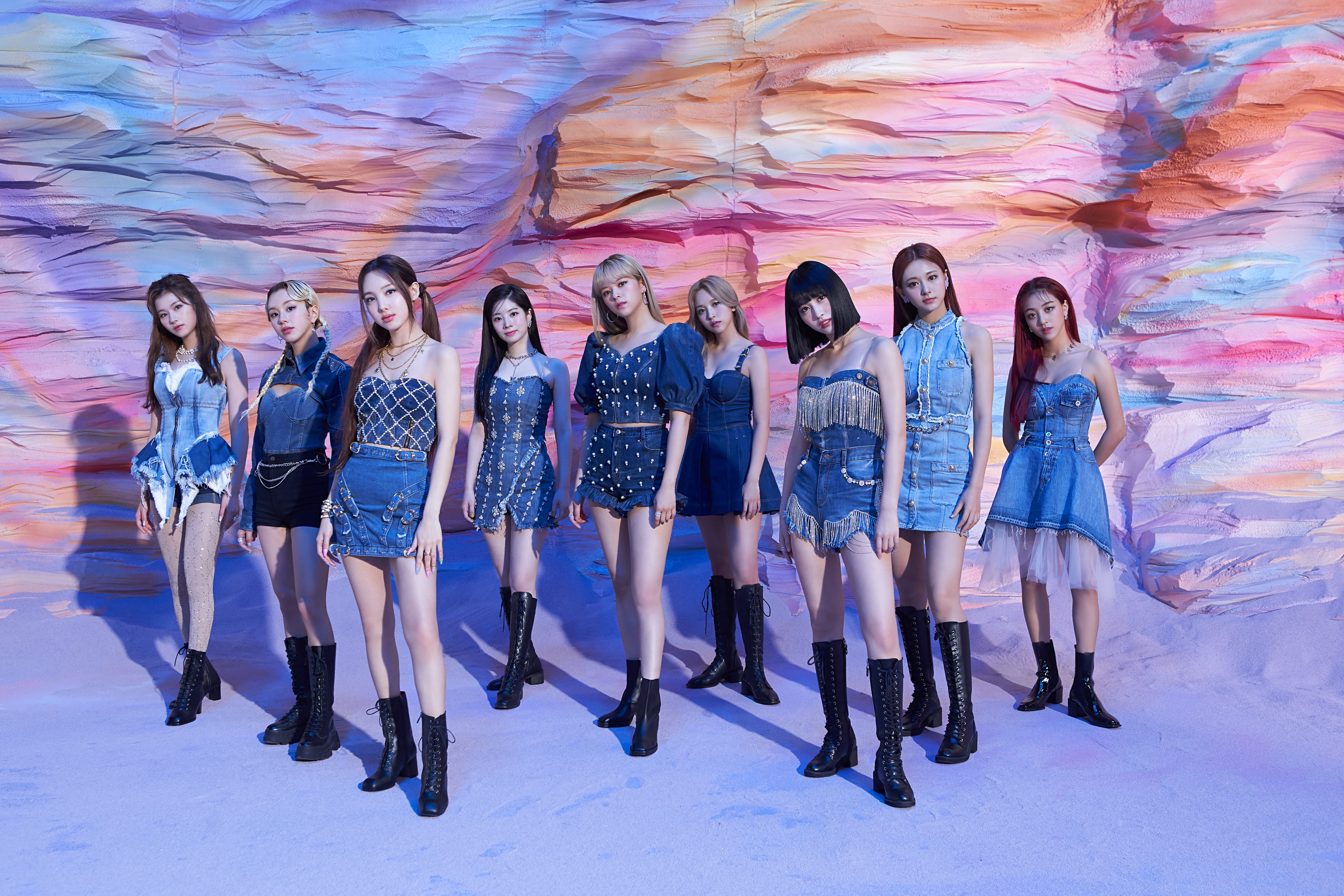 TWICE I Can't Stop Me MV Shooting Photos (29 photos, HD/HQ/HR)